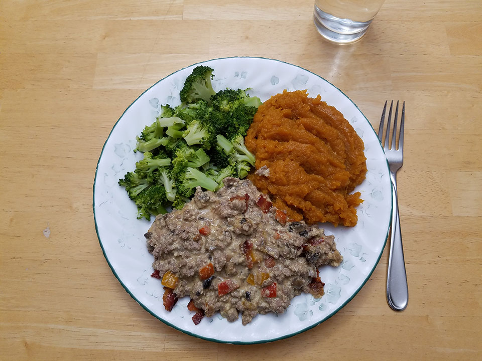 Paleo bacon cheeseburger casserole, broccoli, squash