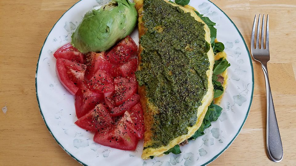 3-egg spinach mushroom ground beef omelet, tomato, avocado