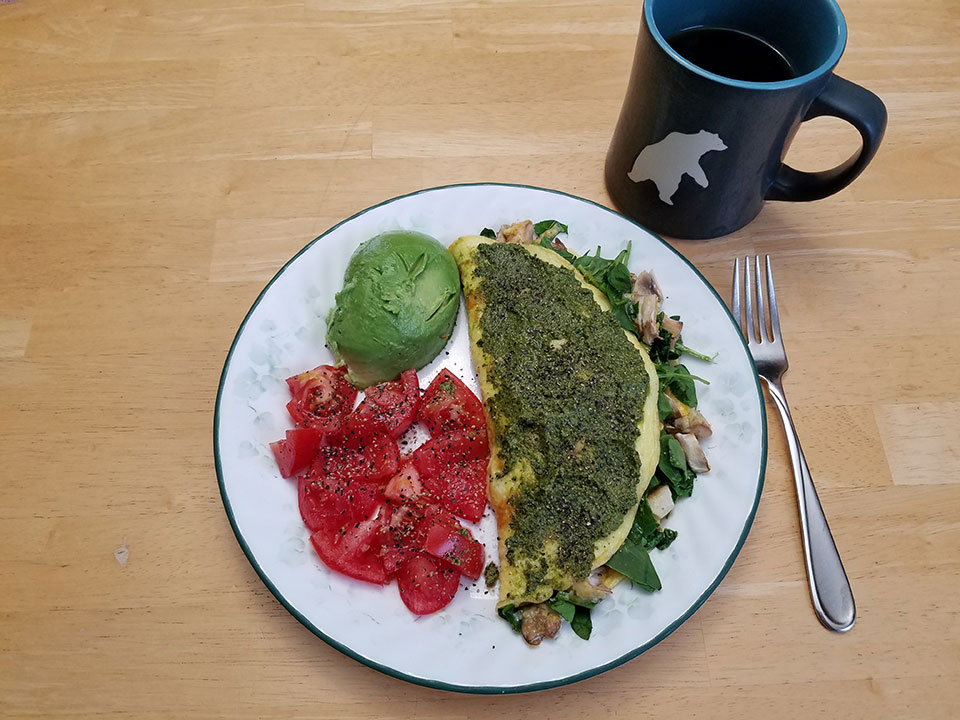 3-egg spinach mushroom omelet, tomato, avocado, coffee with 1/2 scoop collagen