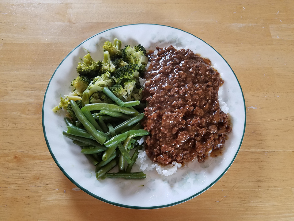 Mongolian beef, rice, broccoli, green beans