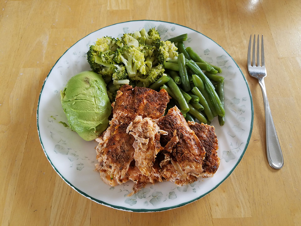 Salmon, green beans, broccoli, avocado