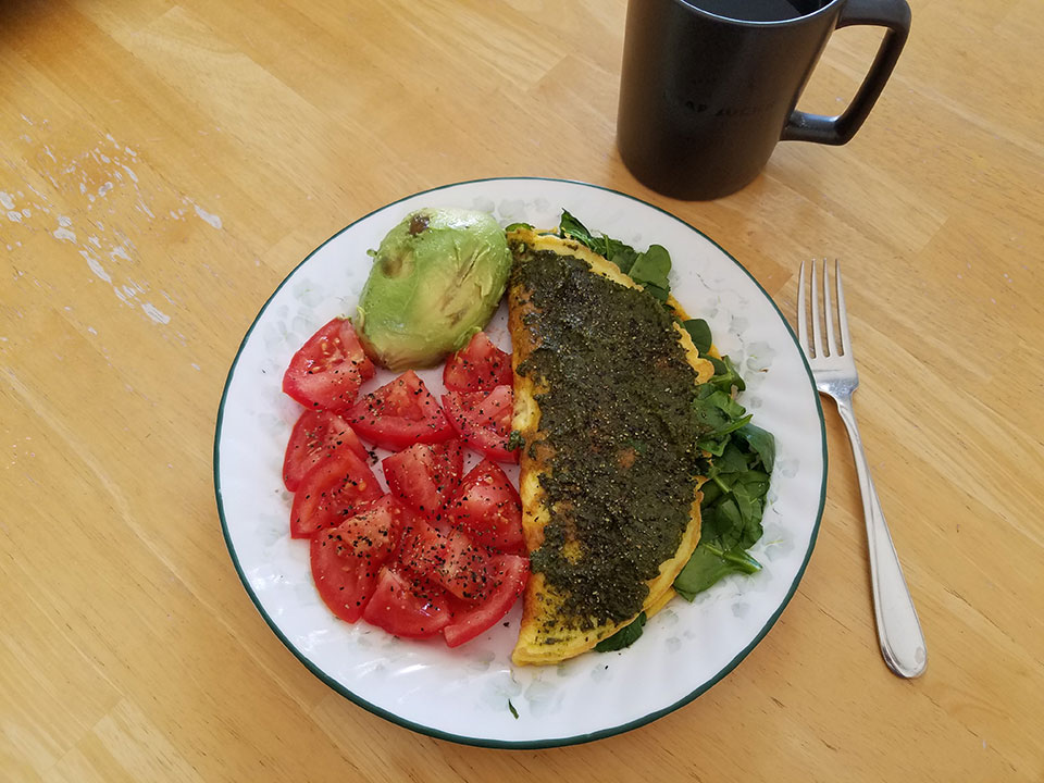 3-egg spinach mushroom omelet, tomato, avocado, herbal tea with collagen