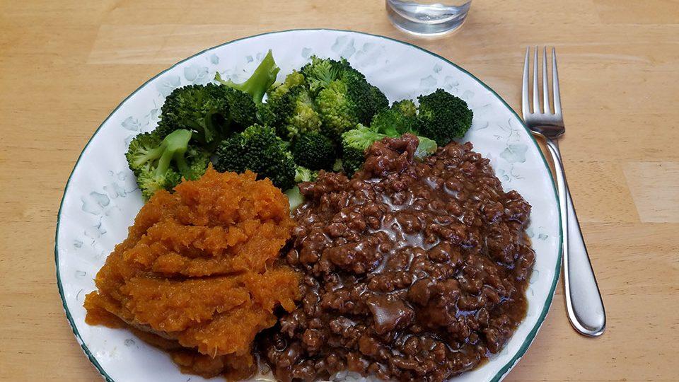 Mongolian beef/lamb, rice, broccoli, squash